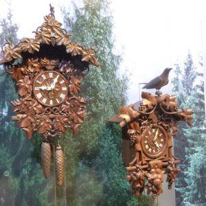 Kuckucksuhren aus dem 19. Jahrhundert