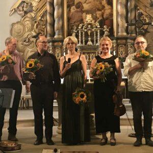 Orlando-Ensemble für Alte Musik aus Berlin im pandemiebegrenzten Kirchenraum von St. Anna
